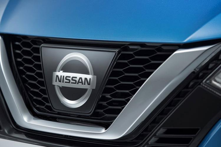 Nissan Qashqai SUV 2wd 1.3 DIG-T 160PS N-Connecta 5Dr Manual [Start Stop] [Pan Roof Drive Assist] detail view