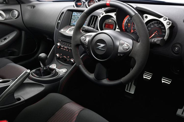 Nissan 370Z Coupe 3Dr 3.7 V6 328PS GT 3Dr Auto inside view