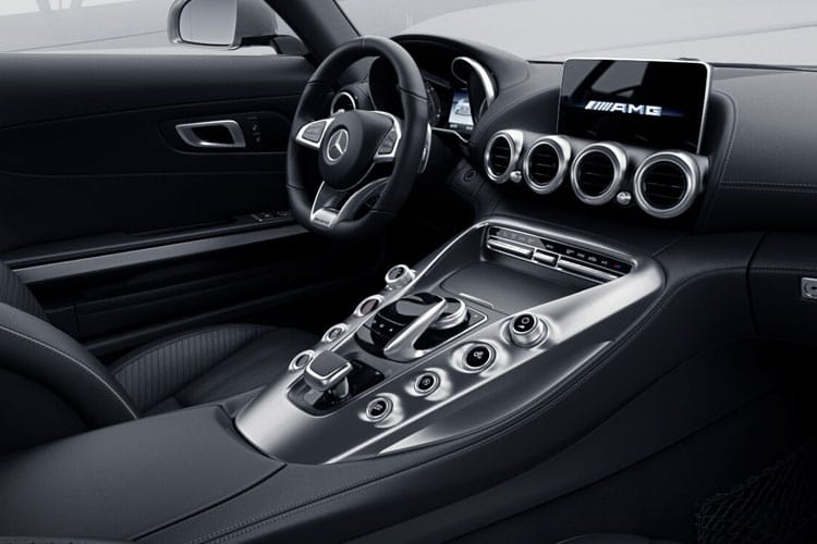 Mercedes-Benz AMG GT AMG GT Coupe 4.0 V8 BiTurbo 557PS C 2Dr SpdS DCT [Start Stop] inside view