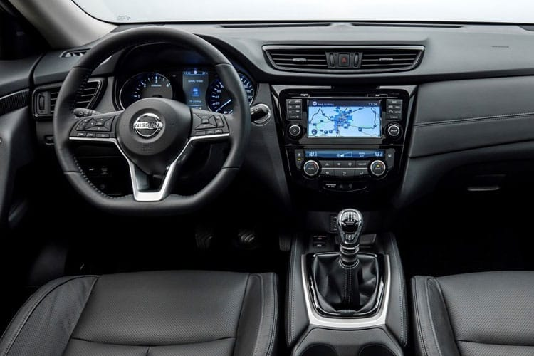 Nissan X-Trail SUV FWD 1.7 dCi 150PS N-Tec 5Dr CVT [Start Stop] [7Seat] inside view